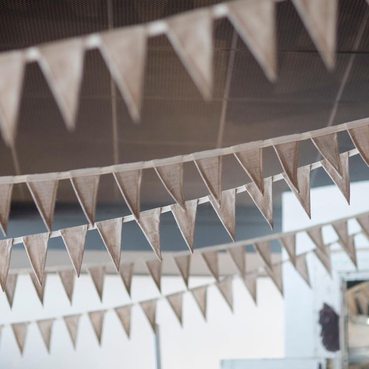 New additional styling package available soon! Bunting is new! || photo @robdomjen