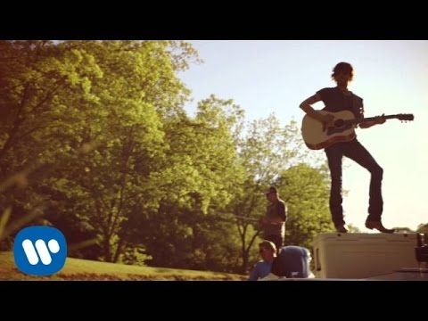 "Chris Janson - ""Buy Me A Boat"" (Official Video) - YouTube"