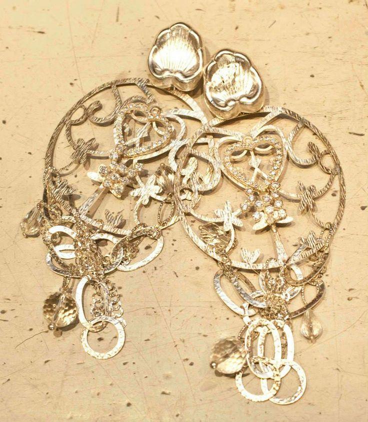 Silver and more silver! #gioielli #orecchini #giuseppinafermi #earrings #accesories #chunkyearrings