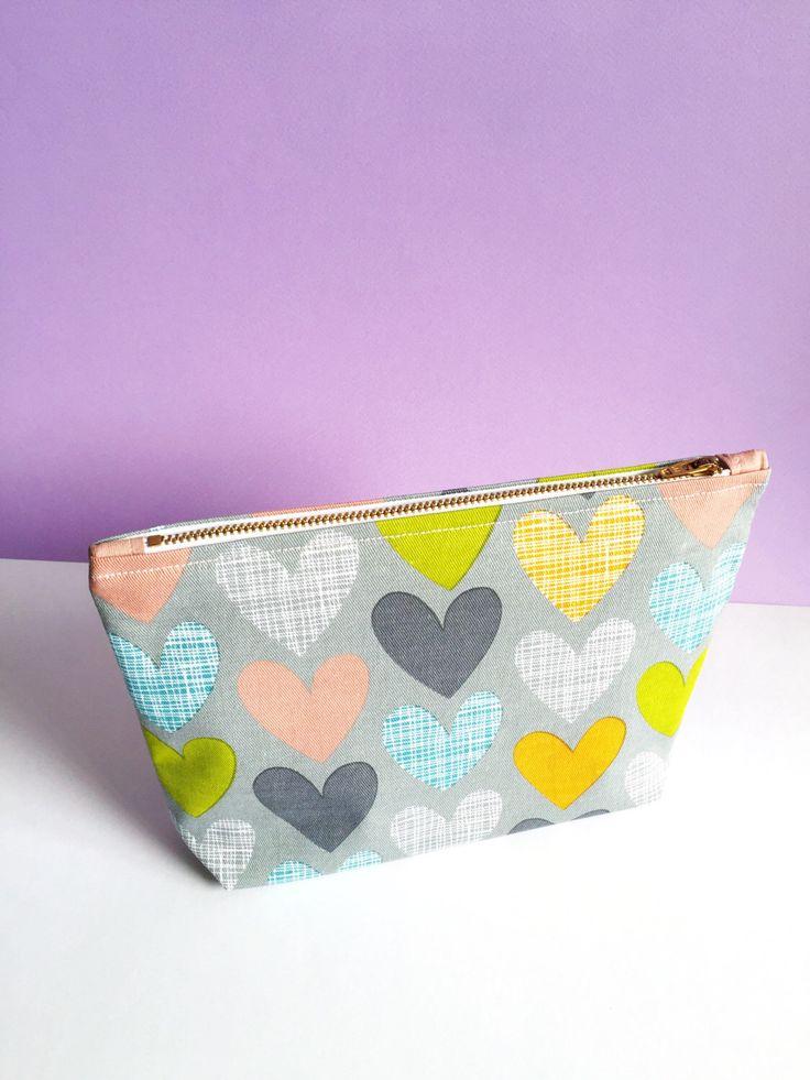 Grey Scribble Heart Print Make-Up Bag by FantasticCraftyFox on Etsy https://www.etsy.com/uk/listing/292993111/grey-scribble-heart-print-make-up-bag