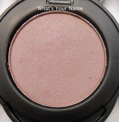 #6568 What's your name http://eyeslipsface.nl/product-beauty/compacte-oogschaduw