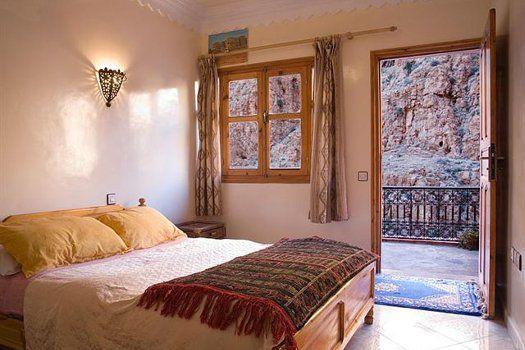 """Laat je betoveren door de """"parel van het zuiden"""" tijdens een #rondreis #Marrakech met verblijf in #Sahara! #reizen #travel #travelbird #zonvakantie #vakantie #palmboom #woestijn #Marokko"""