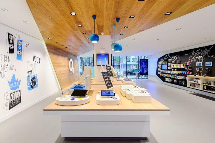 O2 Live Concept Store by hartmannvonsiebenthal, Berlin