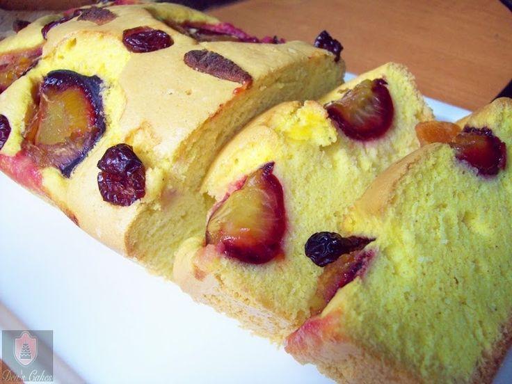 Dea's Cakes: Pandispan cu ghimbir, scortisoara si prune