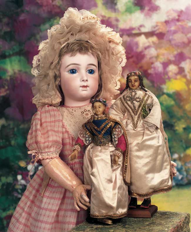 The 159 best legendary tales of annie oakley images on pinterest interestingly legend has it that buffalo bill cody brought back this type doll for his neice after his wild west show in paris in hence fandeluxe Image collections