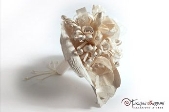 Handmade paper bouquet Unique wedding accessories by Mariapia Zepponi Italy