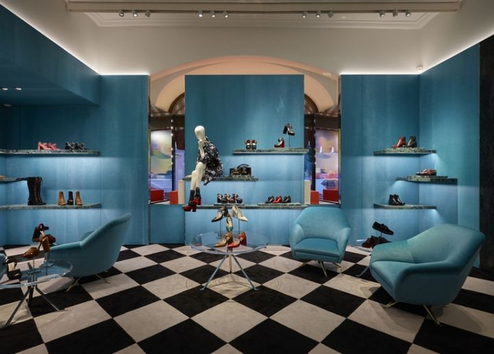 "PRADA, Gum Mall, Moscow, Russia, ""The store features the complete range of products"", pinned by Ton van der Veer"