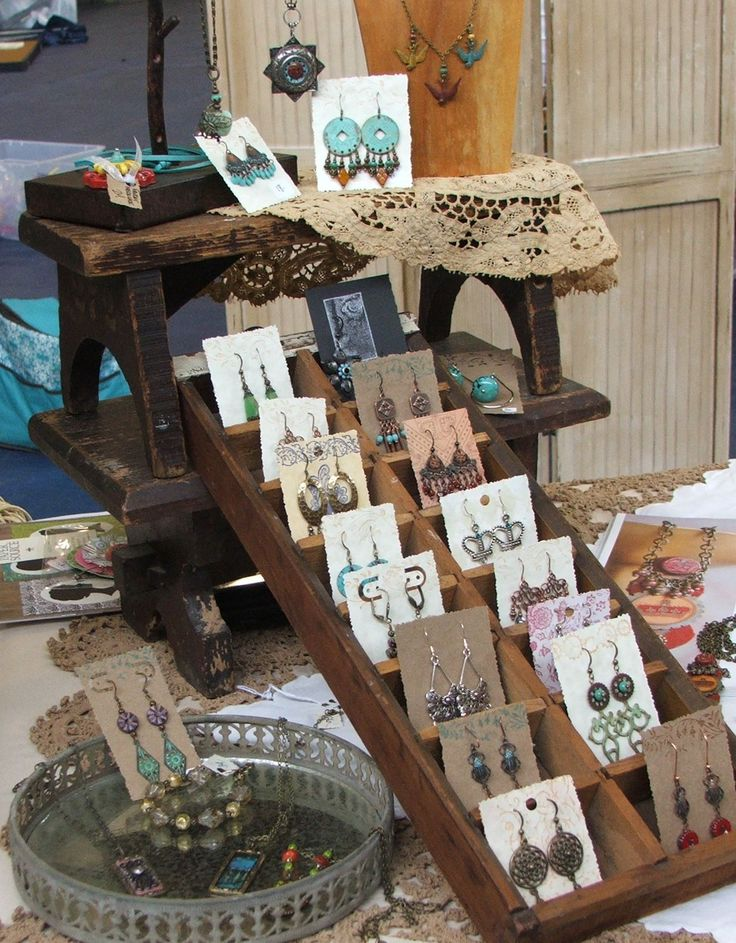 92 best creative displays images on pinterest display for Display necklaces craft fair