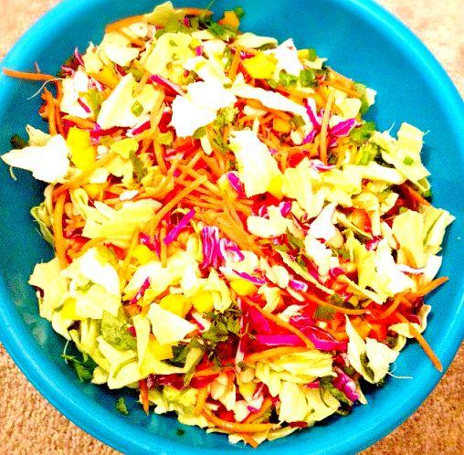Foodie Friday: Rainbow Thai Salad | @fairyburger @ fairyburger