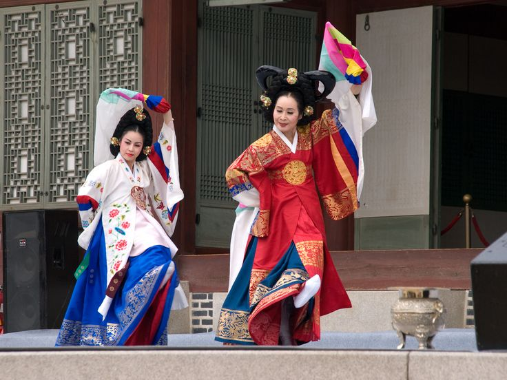 """Taepyeongmu (태평무) or """"great peace dance"""" is a dance with the meaning of wishing for great peace for the country. Its exact origin is unknown but it is thought to have been a court dance performed by royalty during the Joseon dynasty. The costumes used by the dancers are similar to the gwanbok ( 관복) or """"official clothing"""" formerly worn by kings and queens. Taepyeongmu is the 92nd Important Intangible Cultural Properties of South Korea."""