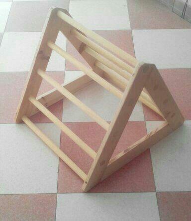 Escalera Pikler madera natural