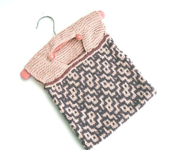 Pink Wash bag , hand knit cotton peg bag , pin bag patterned in pink in purple…
