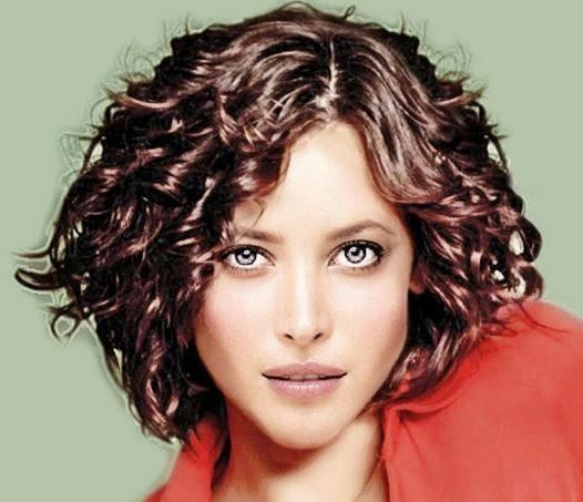best pelo corto rizado images on pinterest hairstyles hair and short hair