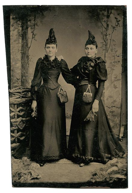 The Surreal Sisters by WonderfullyStrange, via Flickr