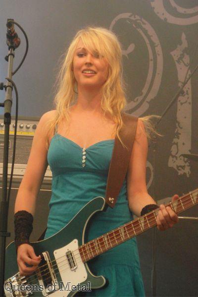 Heini Säisä Bajista - Corista Banda: Indica (Symphonic Rock)