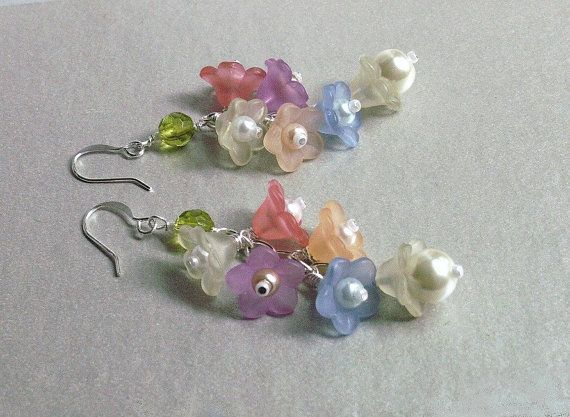 Dangle flower earrings Lucite flowers by fivepetalsandpearls, $15.00   Supernatural Style