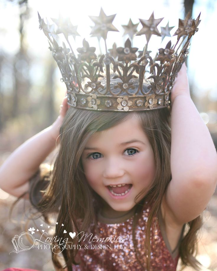 beautiful fall themed image of a four year old girl wearing a vintage princess crown by Krista Darrah-Spillman at Loving Memories Photography & Design, LLC