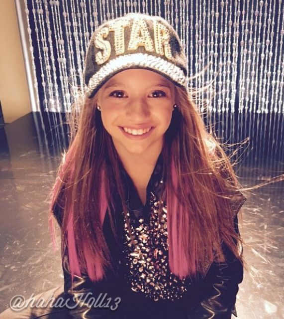 Added by #hahah0ll13 Dance Moms Mackenzie Ziegler aka Mack Z