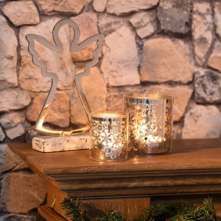 Świecznik Christmas Time Silver wys. 10.5cm 9,5x9,5x10,5cm Podgrzewacz Abir Green wys. 13cm 12x12x13cm #decoration #candles #christmas #gift #interior #wnetrza #salon #sypialnia #nastroj #pomysł #ideas #dekoracje