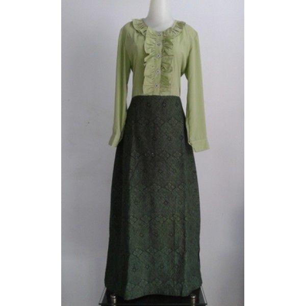 Selfie Green Dress