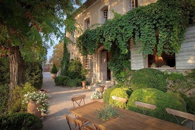 Only Provence On Instagram Bastide Du Temps Passe Offers Complete Charm And Comfort With Sweeping Views And A Feeling French Villa French House Tuscan Style
