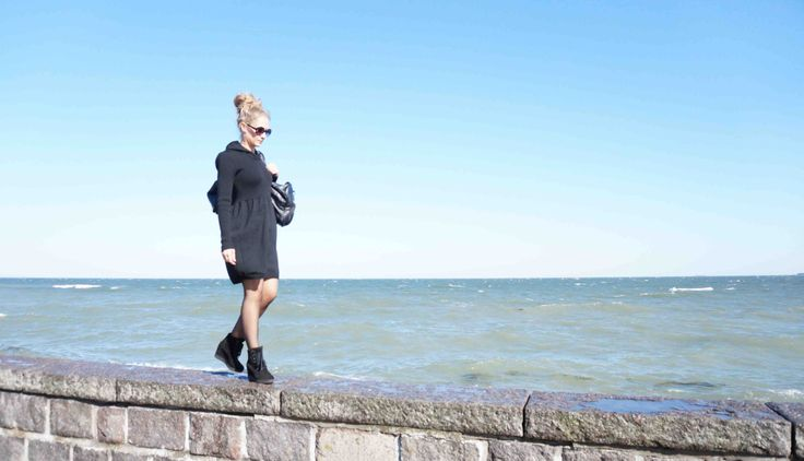 Black knitted dress with hood. by NordicKnit on Etsy