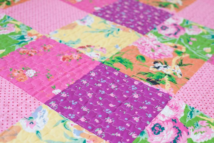 Quilt soft strawberry by OW home!  Modern colors, fresh design, primavera, SS15,
