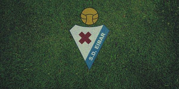 SD Eibar atau Sociedad Deportiva Eibar yang dalam bahasa lokal (Basque) disebut Eibar Kirol Elkartea adalah salah satu klub professional yang berbasis di Eibar, Gipuzkoa. SD Eibar didirikan pada 1 Januari 1940 dan sekarang klub ini berlaga di kasta tertinggi sepak bola Spanyol, La Liga, setelah promosi dari Segunda Division tahun 2014 dan mengakhiri musim