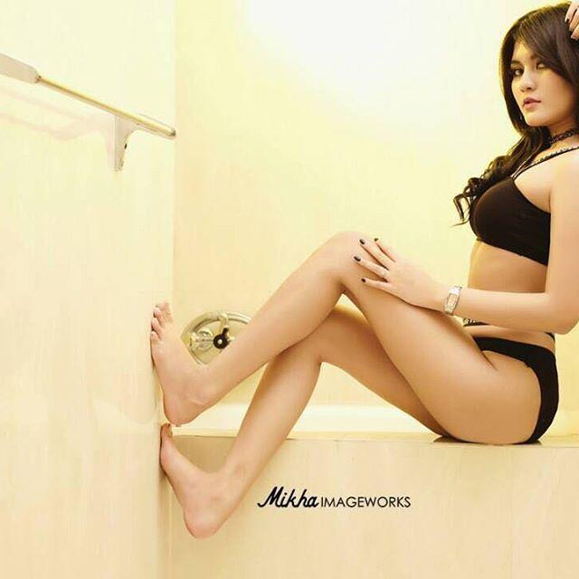 @mikhaphoto @mikhaimageworks . . . . #femalemodel#modelindonesia#asiangirls#rsa_portrait#thehub_portraits#womanportrait#portrait_shots#portraitpage#photoshoot#portrait_legit#portraitstream#womeninframe#tangledinfilm#ig_elegance#igw_portraits#instamood#igPodium_portraits#match_portrait#pocket_people#Majestic_people#indonesianbabes#theportraitpr0ject#faceobsessed#1996gallery#vscoportrait#fashionblogger#fashionaddict#fashionstyle