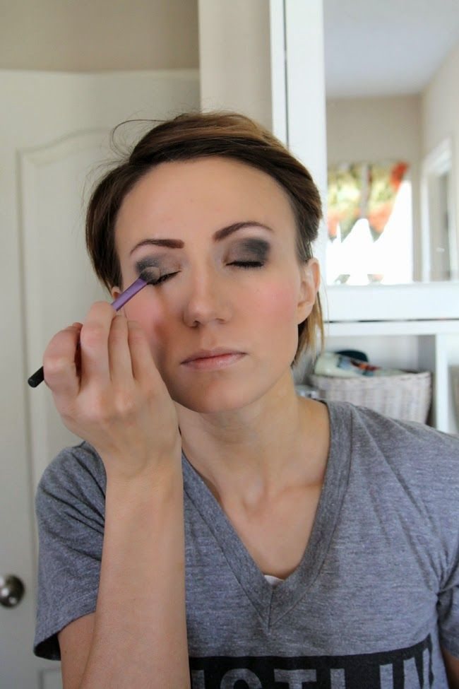 ONE little MOMMA: Dramatic Eye Makeup Tutorial for the Red Carpet or a Night Out