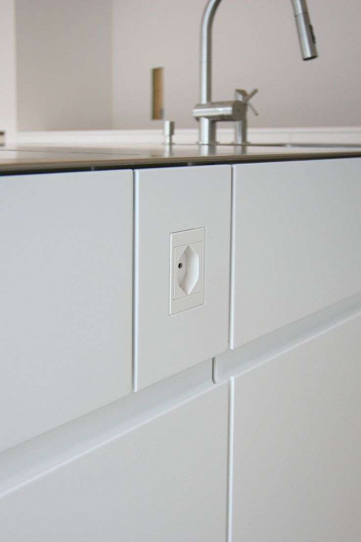 h he steckdosen k che 59 images h he steckdosen k che. Black Bedroom Furniture Sets. Home Design Ideas