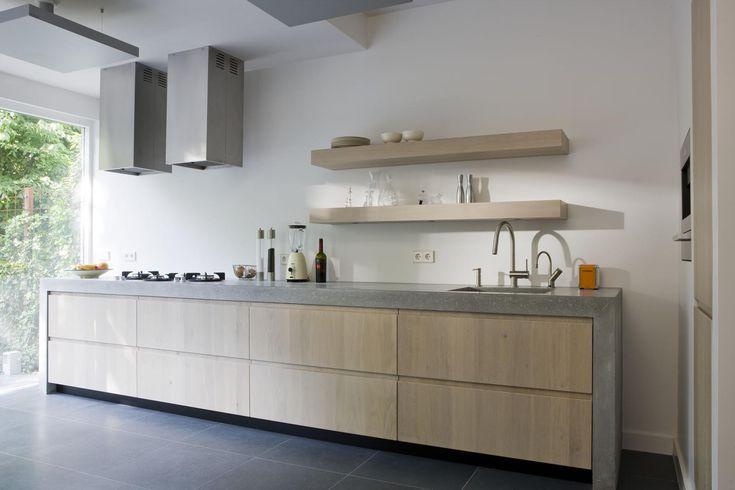 Moderne keuken met betonnen keukenblad.