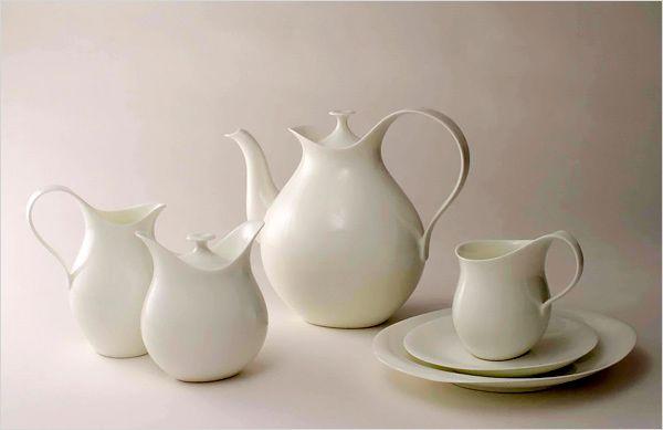 LOVE that tea pot!