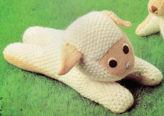 VINTAGE 1970s LYiNG DoWN WHITe LAMB SHeEP by Crafting4Ever2013, $2.00