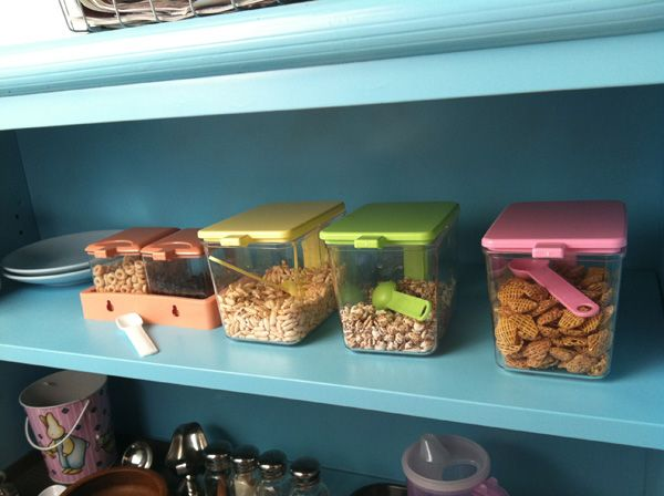 Montessori toddler snack station. Good Idea for kids to become more self-sufficient and helpful