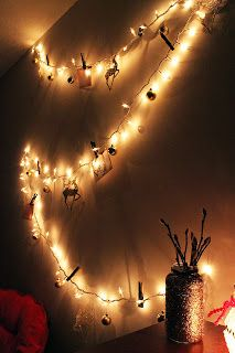 "Christmas Lights ""Garland"" !!! So much fun. So pretty. So easy. ♥ ♥ ♥ DIY Apartment Christmas"