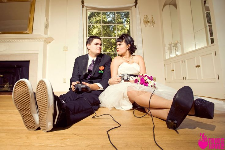 Video games and love....omg need to do this for my wedding shoot