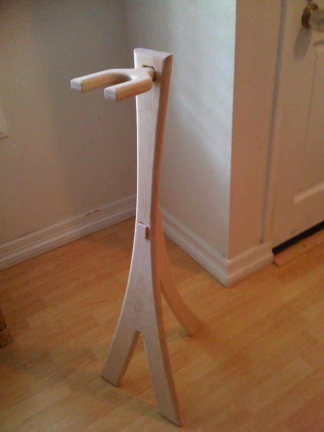 Diy Wooden Ukulele Stand Free Woodworking Plans Ideas