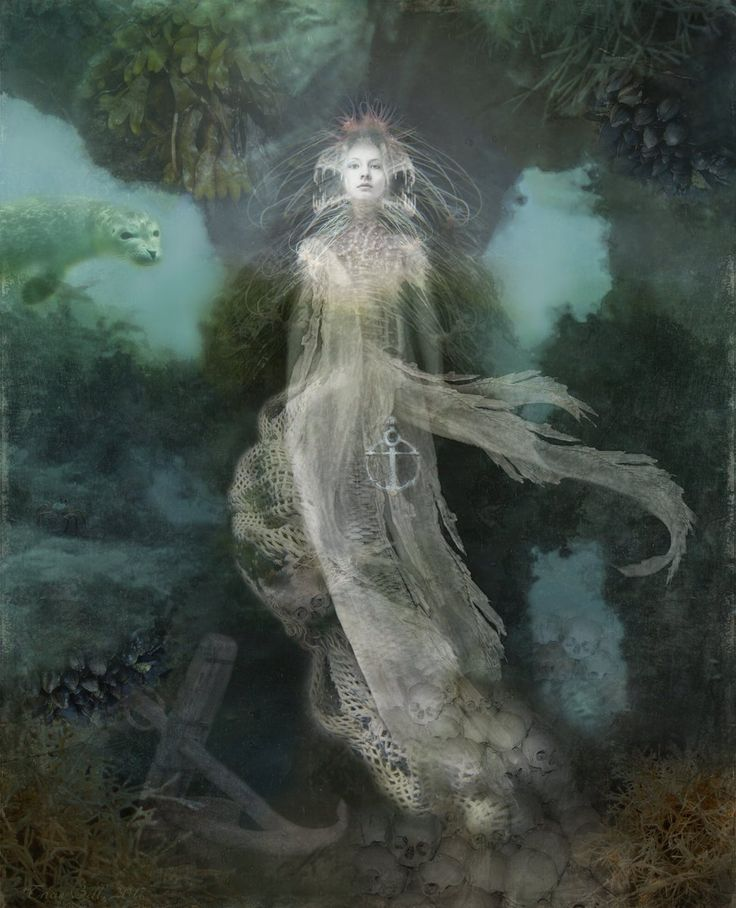 Patricia Bell @pab_101 - Part of 'Beneath The Waves' Series: In the Lair of the Siren! #FineArt #DigitalArt #fairy #folklore #myth #mermaid #siren #FolkloreThursday