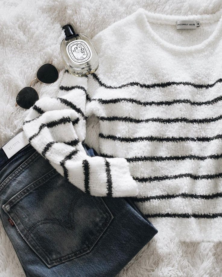 """42.3k Likes, 263 Comments - JULIE SARIÑANA (@sincerelyjules) on Instagram: """"Love me some stripes so we made Tula! Our new cozy sweater! @shop_sincerelyjules…"""""""