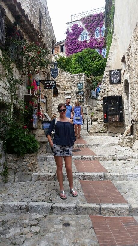 Beautiful Eze