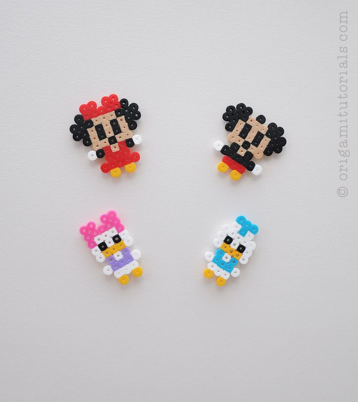 Mickey-Minnie-Mouse-Donald-Daisy-Duck-Perler-Beads-smaller.jpg 960×1,080 pixeles