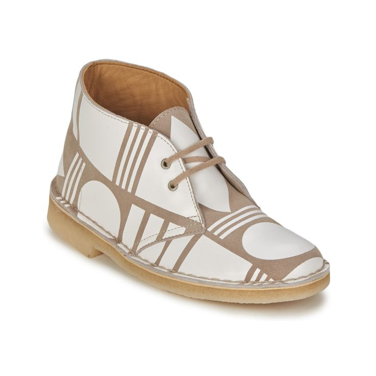 DESERT PATTERN White #ClarksWomenShoes at low rates only £ 95.47