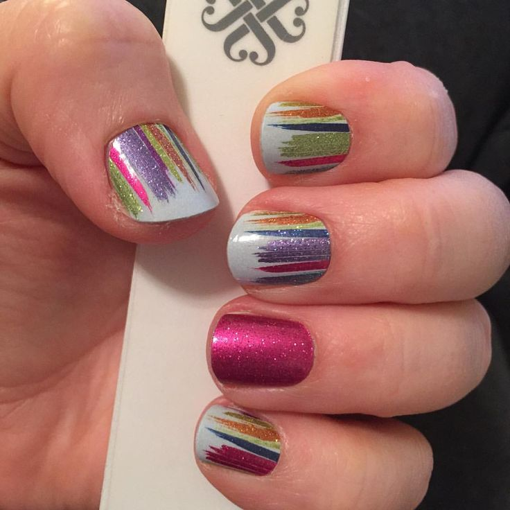 If my nails can look this good without going to the salon, so can yours! Do your nails at home for a fraction of the cost with Jamberry! https://erunave.jamberry.com #artclassjn #fiercefuschiajn