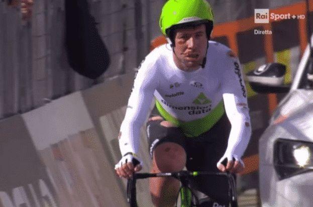 Mark Cavendish en sang sur le chrono par équipes de Tirreno-Adriatico  https://todaycycling.com/mark-cavendish-chute-tirreno-adriatico/