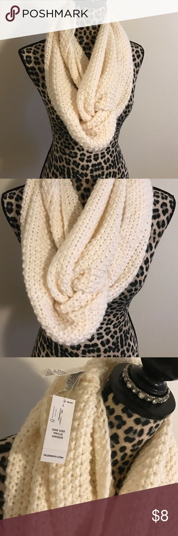 Cream Crochet scarf new with tags Cream Crochet scarf new with tags Old Navy Accessories Scarves & Wraps