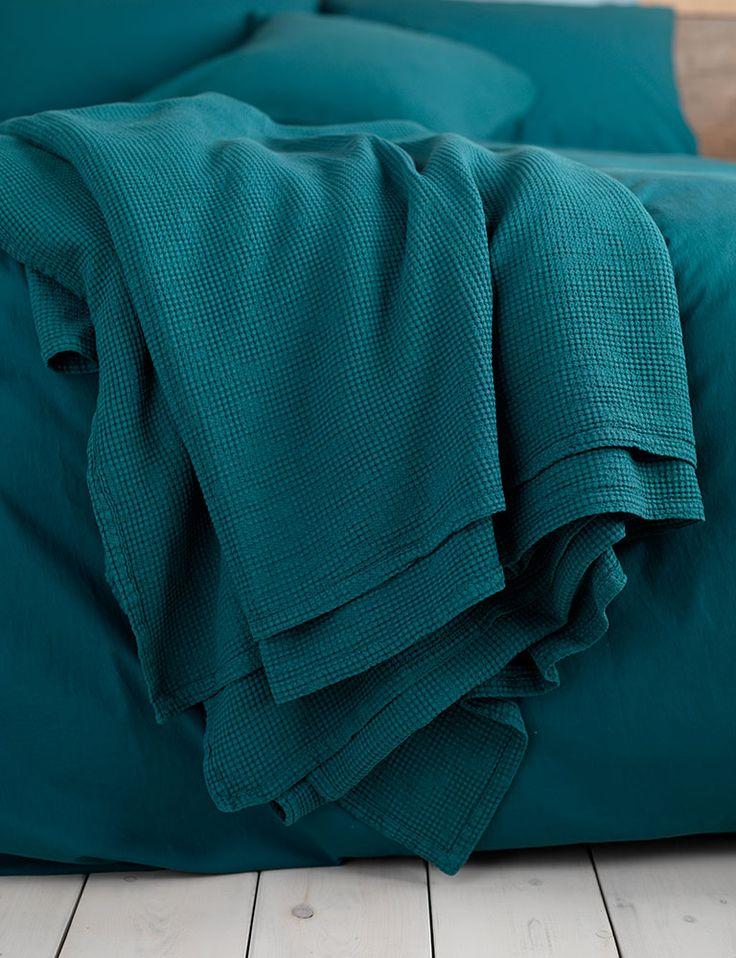 25 Best Ideas About Teal Throws On Pinterest Brown