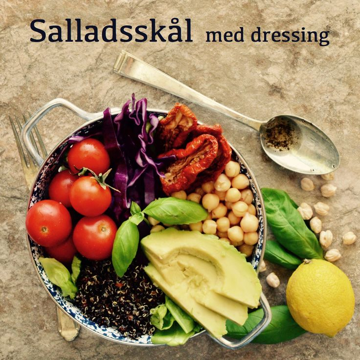 Salladsskål med dressing! Receptet finns i meny 9.  www.allaater.se