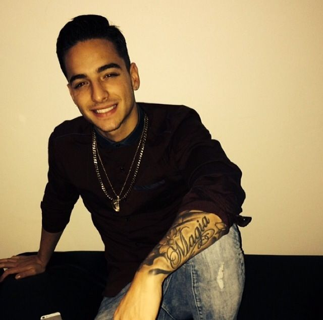 Good Morning My Handsome King In Spanish : Best images about maluma miamorrrr on pinterest