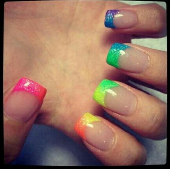 16 Super Cool Ombre Gradient Nail Art Tutorials: Rainbow Nail Tips